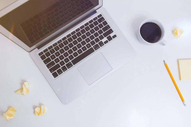 computadora y teclado