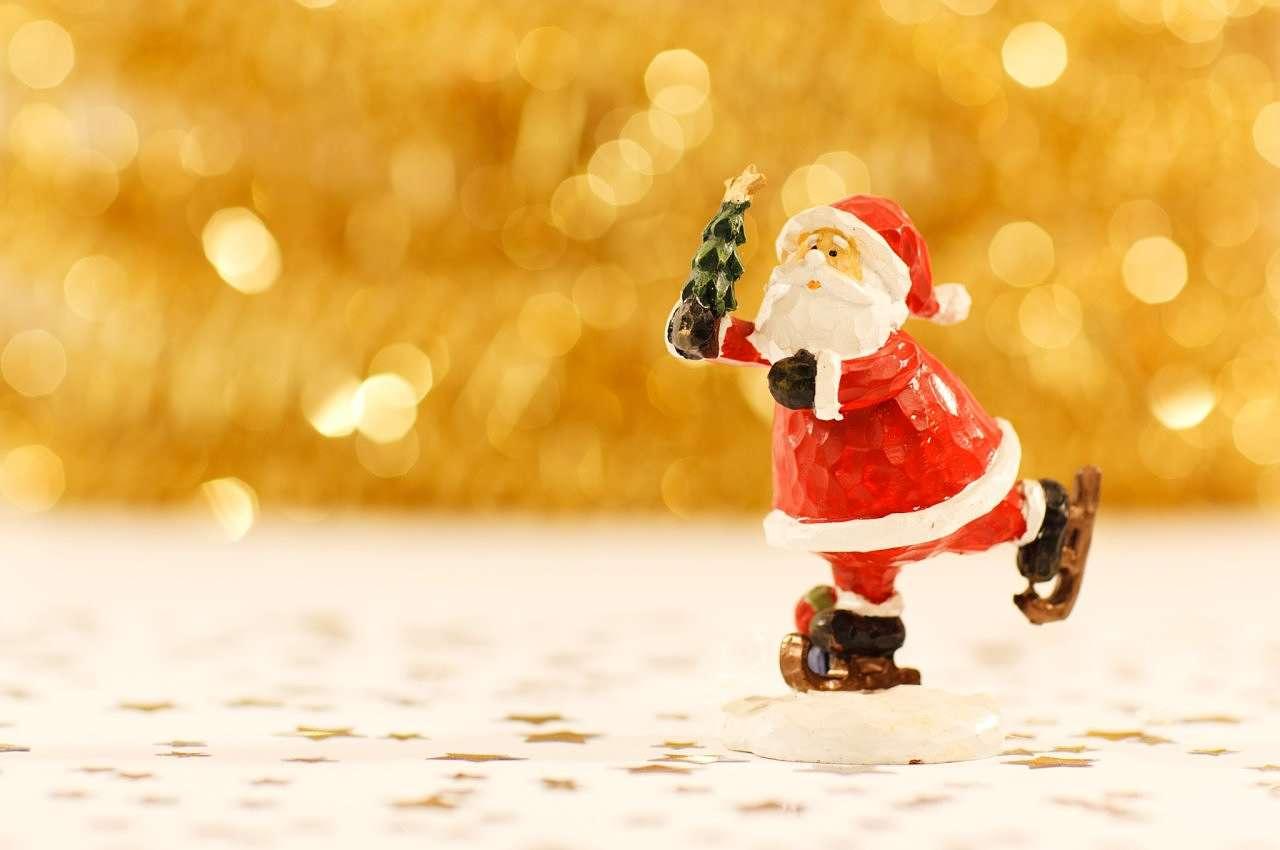 papa noel celebrando Navidad