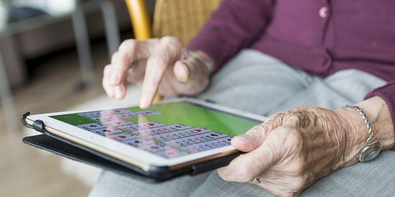 los mayores y el uso de la tecnología