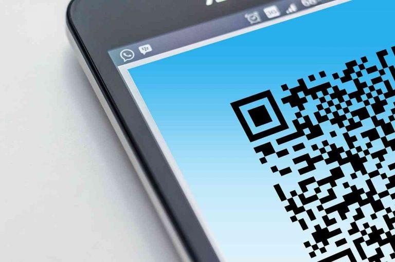 Código QR en el celular
