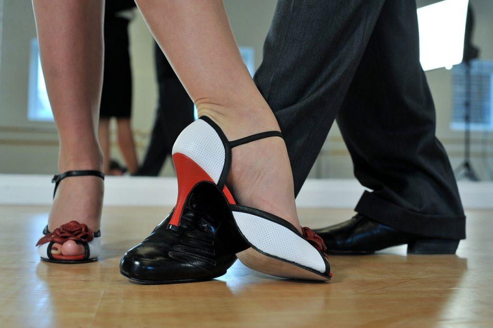 bailar tango